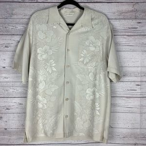 Tommy Bahama Silk Embroidered Button Down. Size M